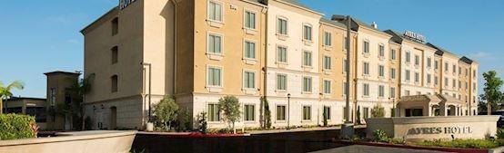 Ayres Hotel Orange Exterior